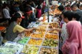 Bisnis Takjil di Bulan Ramadhan
